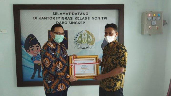 Imigrasi Lingga Terima Penghargaan dari KPPN Tanjungpinang