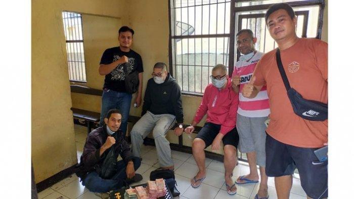 Ini Foto pelaku penggelapan pria inisial SB dan AH yang ditangkap Anggota Buser Polres Alor NTT