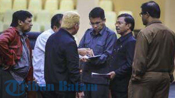 BREAKING NEWS. Lantik Pejabat Dadakan, DPRD Layangkan Interpelasi pada Gubernur Kepri
