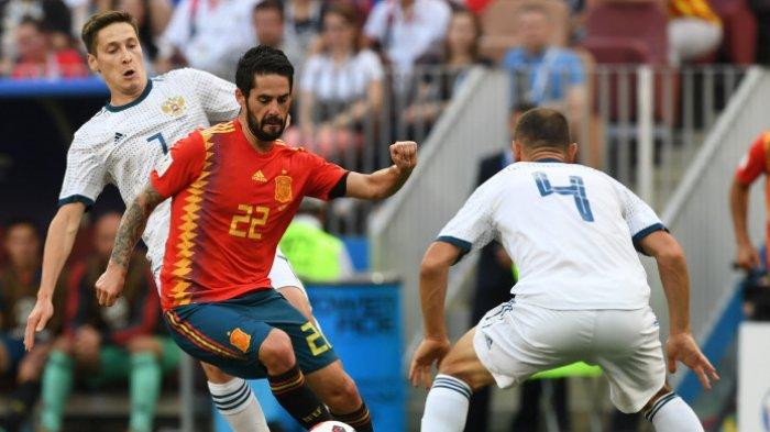 Penalti Artem Tebus Gol Bunuh Diri Bek Sergei, Babak I Rusia-Spanyol Imbang