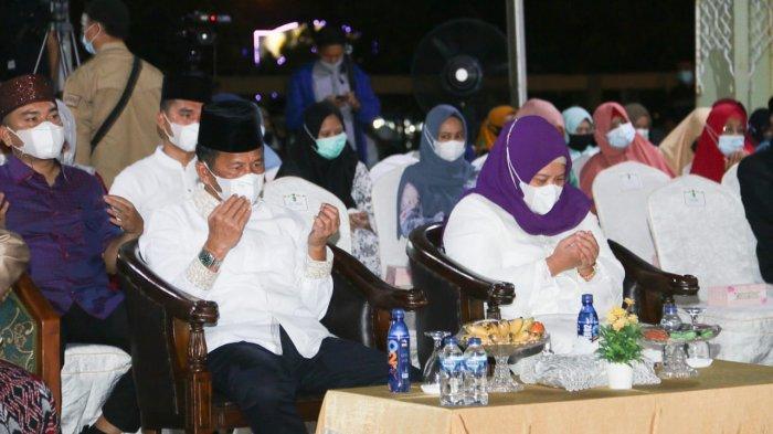 Pemko Batam memperingati Isra Miraj yang dipusatkan di halaman Masjid Agung Batam, Rabu (10/3/2021) malam.