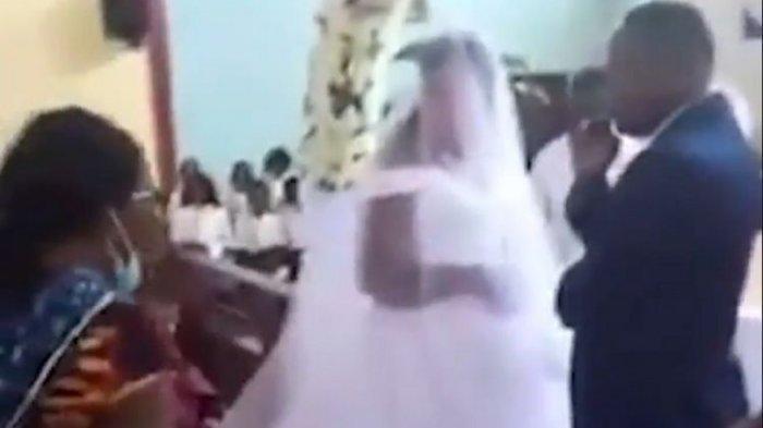 Ilustrasi - Seorang wanita tiba-tiba datang ke pesta pernikahan dan menyebut si pengantin pria adalah suaminya
