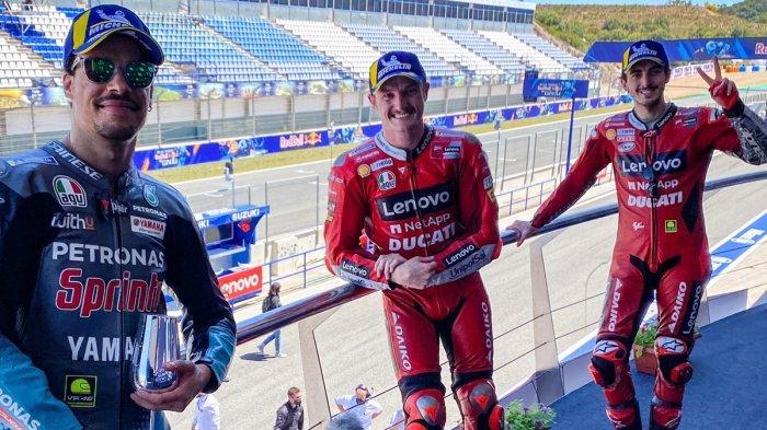 Peraih podium MotoGP Spanyol 2021 - Jack Miller ( tengah/Ducati ), Francesco Bagnaia (kanan/ Ducati ), Franco Morbidelli ( kiri/Petronas Yamaha SRT) peraih podium di MotoGP Spanyol yang berlangsung Minggu (2/5/2021).