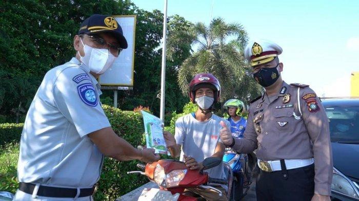 Jasa Raharja Kepri Bersama Polresta Barelang Bagikan Paket Pencegahan Covid-19 di Batam