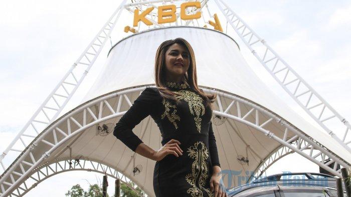 Jenita Janet sebelum tampil dalam Bollywood Night Party di D'Crown KBC Batam Centre, Sabtu (20/5/2017) sore.
