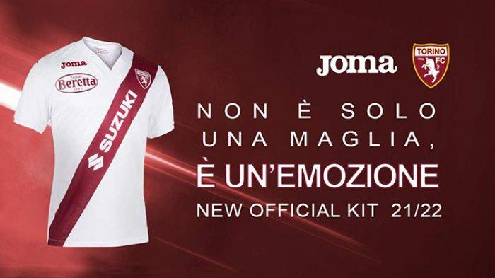 Jersey tandang Torino untuk musim 2021-2022 khusus dibuat sebagai perayaan persahabatan dengan klub River Plater