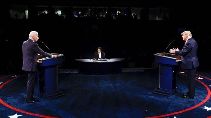 Presiden Amerika Serikat Donald Trump dan calon presiden Joe Biden berhadapan di final debat capres AS 2020, yang digelar di Belmont University, Nasville, Tennessee, Kamis (22/10/2020) malam waktu setempat