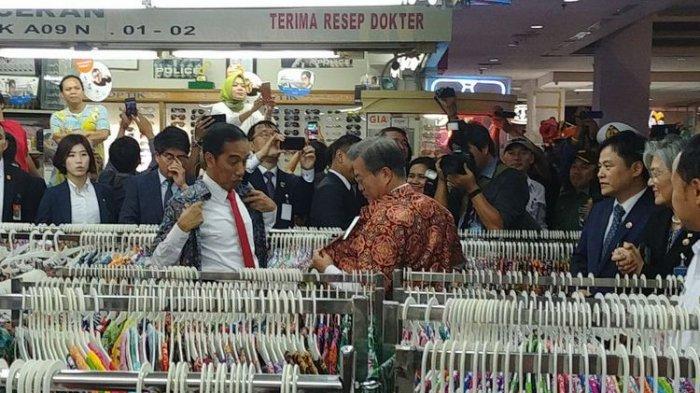 Owalah, Batik yang Dibeli Jokowi dan Presiden Korsel Lupa Dibayar. Padahal harganya murah