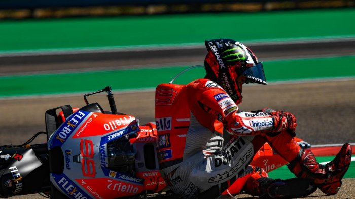 Jadwal dan Link Live Streaming MotoGP Thailand 2018, Jorge Lorenzo Ngotot Balapan