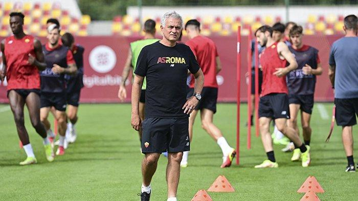 AS Roma vs CSKA Sofia Kick Off 02.00 WIB, Jose Mourinho: Kami Ingin Juara