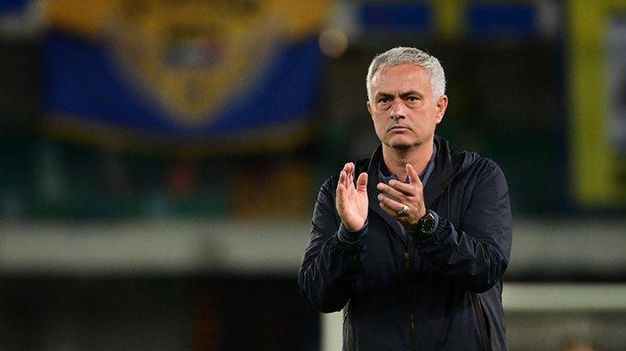 Berita AS Roma - Jose Mourinho Bakar Semangat Tammy Abraham Cs, Ubah Kesedihan Jadi Motivasi