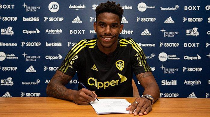 UPDATE Transfer Liga Inggris, Pemain Barcelona Firpo Junior Resmi Jadi Pindah ke Leeds United