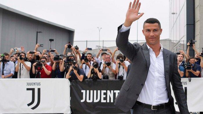 Cristiano Ronaldo Sudah di Markas Juventus. Jalani Tes Medis Sebelum Dikenalkan