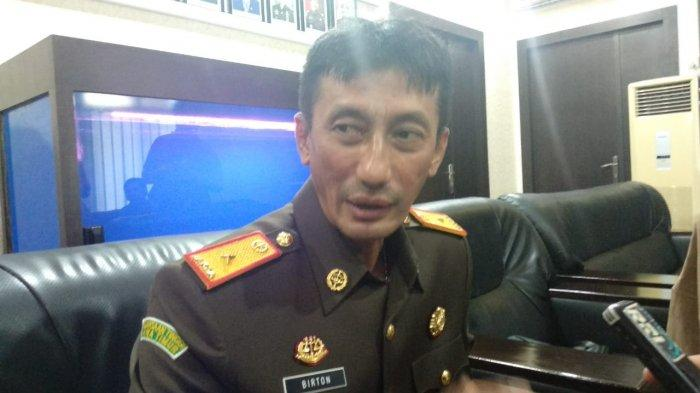 Dua Tahun Kasus Dugaan Korupsi Rumah Dinas DPRD Natuna Tak Kunjung Disidang. Padahal Berkas Lengkap
