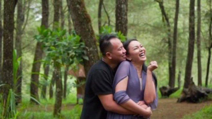 TERUNGKAP Kenapa Vicky Prasetyo & Kalina Ocktaranny Batal Nikah, Wedding Organizer Bicara Restu !