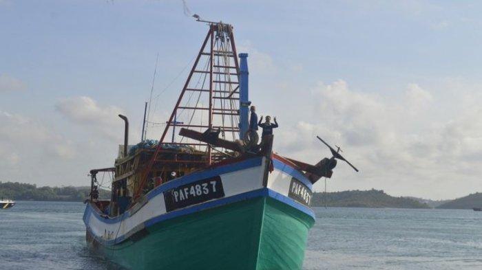 Kapal ikan asing (KIA) asal Vietnam dengan nomor lambung KM PAF 4837 yang ditangkap oleh PSDKP Batam di perairan Natuna, Kepri