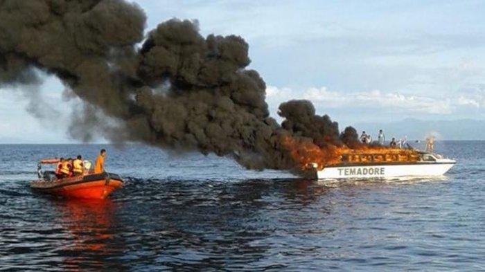 Kapal Cepat Terbakar, Penumpang Disuruh Lompat ke Laut