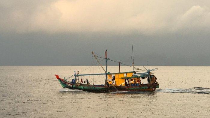 Dibawa ke Pangkalan PSDKP Batam, Kapal Pengawas KKP Tangkap KIA di Perairan Selat Malaka