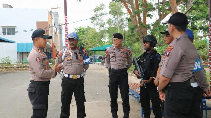 Polisi Jaga Penghitungan Surat Suara Tingkat PPK Selama 24 Jam, Begini Cara Aparat Jaga Stamina