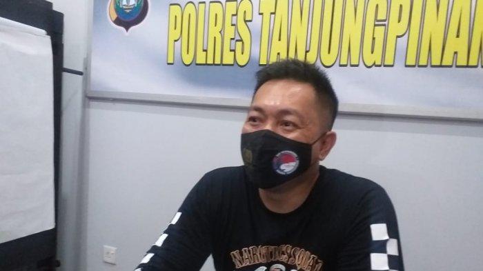 Pria di Tanjung Pinang Tak Berkutik Ketemu Polisi, Simpan Sabu-Sabu di Rumah