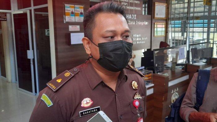 Kepala Seksi Pidana Khusus atau Kasipidsus Kejari Tanjungpinang, Aditya Rakatama.