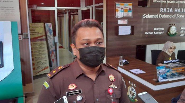 Tersangka Korupsi BPHTB di BP2RD Sakit, Kejari Tanjungpinang Ingatkan Agar Kooperatif