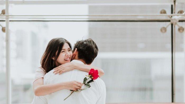 Arti Mimpi Bertemu Mantan Pacar yang Baru Putus, Benarkah Pertanda Kamu Dipermainkan Pasangan?