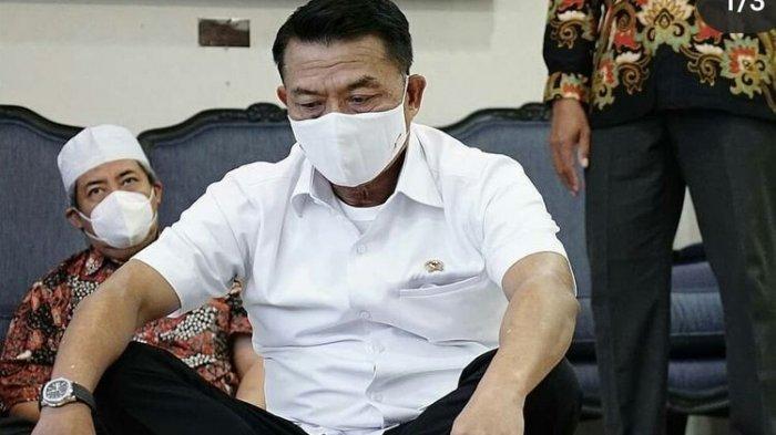 Kepala KSP Moeldoko di kantornya, Jakarta, Jumat (5/3/2021)
