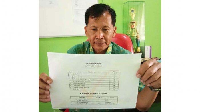 SMPN 5 Bintan Naik Kelas, Dapat Akreditasi A dari BAN-SM, Kepsek : Semoga Selalu Jaya