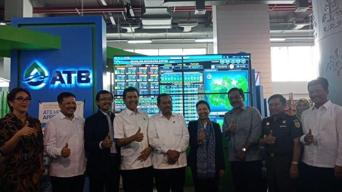 Sejumlah Menteri Kabinet Kerja Periode 2014-2019 usai melihat keunggulan teknologi SPARTA Smart Solution ATB.