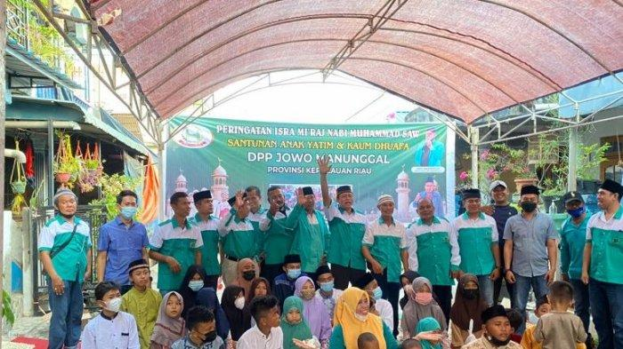 Peringati Isra' Miraj, DPP Jowo Manunggal Beri Santunan Kepada Anak Yatim dan Kaum Dhuafa