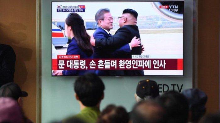 Tiba di Pyongyang Untuk Pertama Kalinya, Presiden Korsel Disambut Pelukan Kim Jong Un