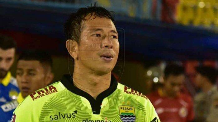 BERITA PERSIB - Gawangnya Kebobolan 5 Kali dalam 2 Laga Terakhir, Apa kata Kiper Persib Bandung?