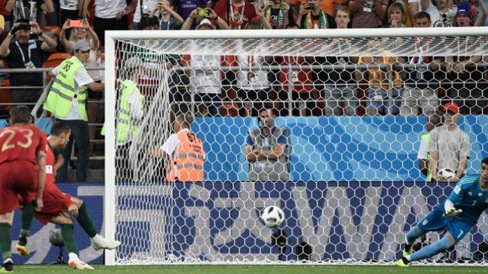Inilah Alireza Beinranvand, Mantan Penyapu Jalan yang Gagalkan Penalti Cristiano Ronaldo!