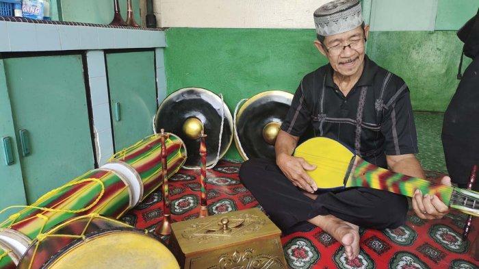 CERITA Kakek Jakarta di Lingga, 30 Tahun Buat Alat Kesenian Melayu Secara Otodidak