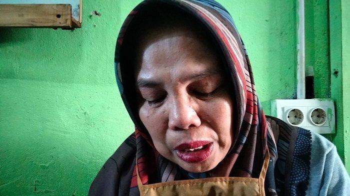KISAH Maryusni, 22 Tahun Jadi Guru Honorer di Batam, Berharap Bisa Jadi PNS