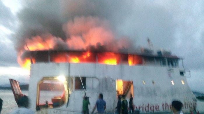 BREAKINGNEWS: Kapal Roro KMP Paray di Lingga Terbakar Hebat, Ini Kondisinya!