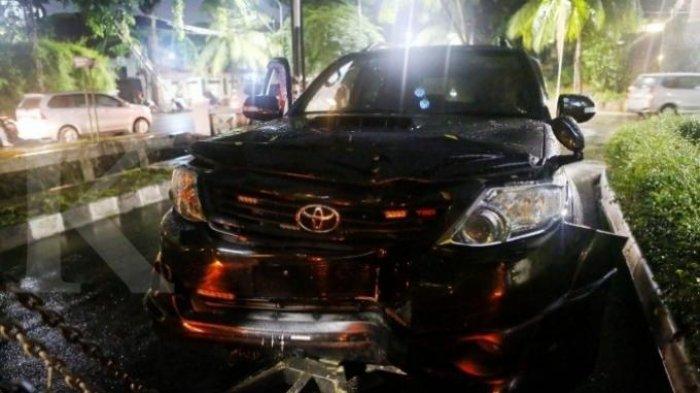 TERUNGKAP! Kecepatan Mobil yang Ditumpangi Setya Novanto Saat Kecelakaan Hanya 40 Km/Jam