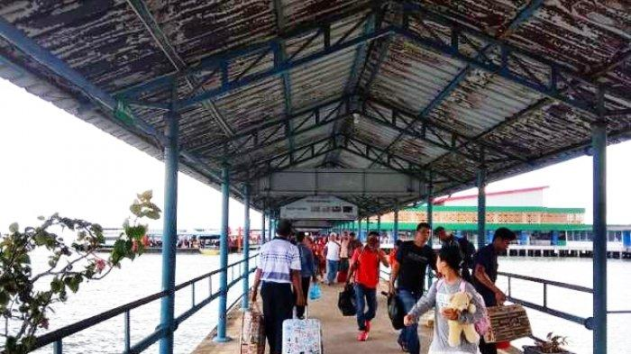 Kondisi Pelabuhan Sri Bintan Pura Tanjungpinang, Provinsi Kepri.