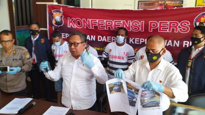 Konfrensi pers pengungkapan kasus oknum debt collector di Batam, Senin (25/1/2021).