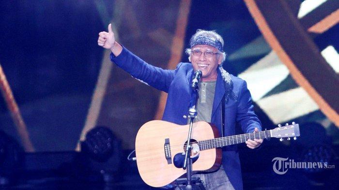 HARI GURU 2019 - Ini Potret Sosoknya Oemar Bakri di Lagu Legendaris Iwan Fals Soal Nasib Guru