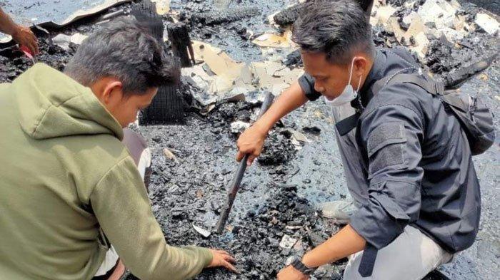 Korban Kebakaran di Lingga Mencoba Bangkit, Postingannya Viral di Medsos