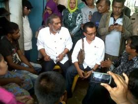 Ketua KPAI Arist Merdeka Sirait Kunjungi Orangtua Empat Bocah Yang Tewas di Batam