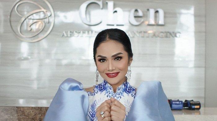 Gaya Krisdayanti Hadiri Rapat Paripurna DPR Disorot, Tampil Menawan, Istri Raul Lemos Buat Salfok