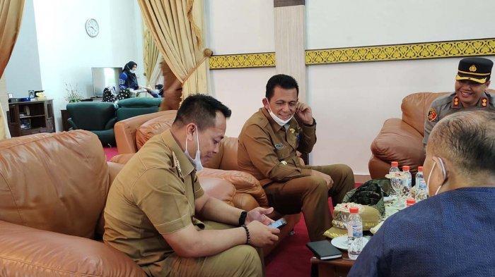 Bupati Lingga Sambut Kedatangan Gubernur Kepri, Kunjungan Perdana Setelah Dilantik. Foto Gubernur Kepri ke Lingga, Selasa (6/4/2021).