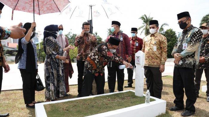 TS Arif Fadillah Jadi Plh Gubernur Kepri, Ziarah ke Makam Sani, Sowan ke Ketua LAM Kepri