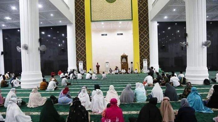 Safari Ramadhan perdana, Wakil Gubernur Kepulauan Riau/ Wagub Kepri, Hj. Marlin Agustina di Kepulauan Anambas.