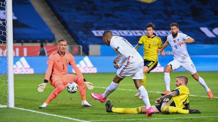 Kylian Mbappe Mencetak gol kemenangan Perancis atas Swedia, Sabtu (5/9/2020) malam atau Minggu dinihari WIB