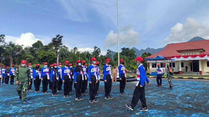 Jelang HUT Kemerdekaan RI 17 Agustus, 32 Anggota Paskibra Lingga Fokus Jalani Latihan