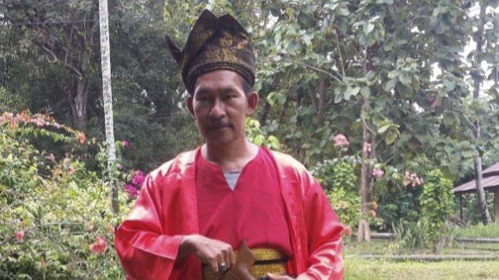 Kecintaan Lazuardy Usman akan Sejarah Lingga, Dijuluki Kamus Berjalan